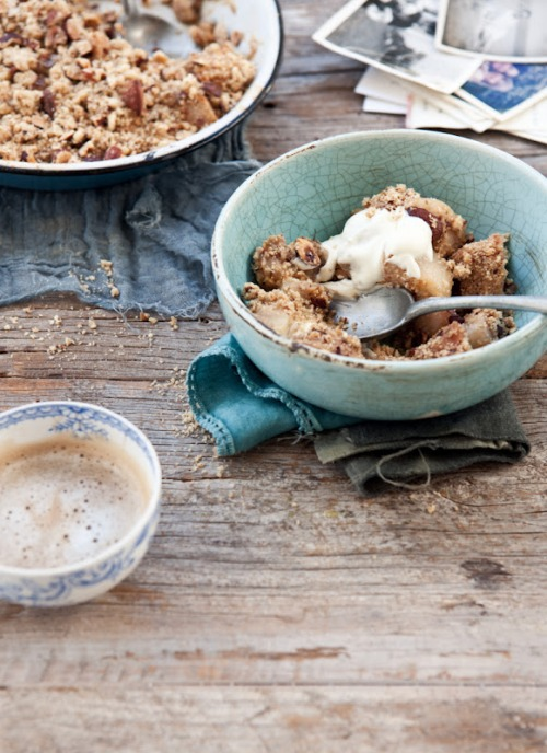 nutty hazelnut and almond pear crumble with elderflower cream